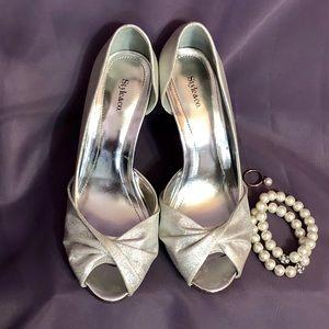 Style & Co Amilli Peep Toe Silver Evening Pumps
